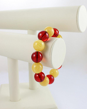 Cute Bracelet Made Of Natural Amber